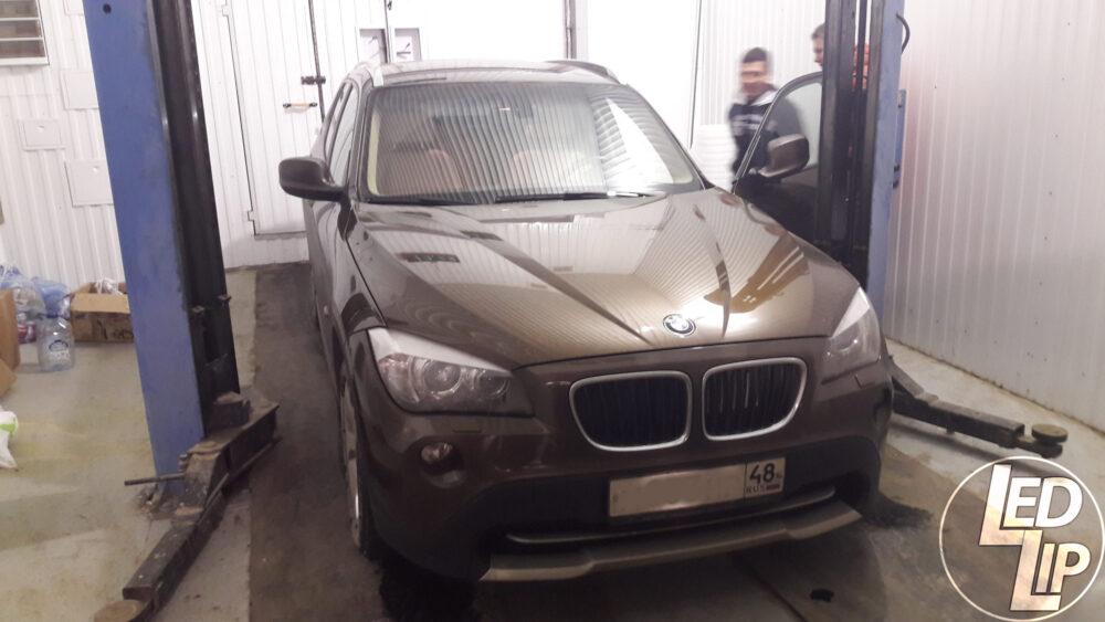 Изменение подсветки комбинации приборов BMW X1 E84