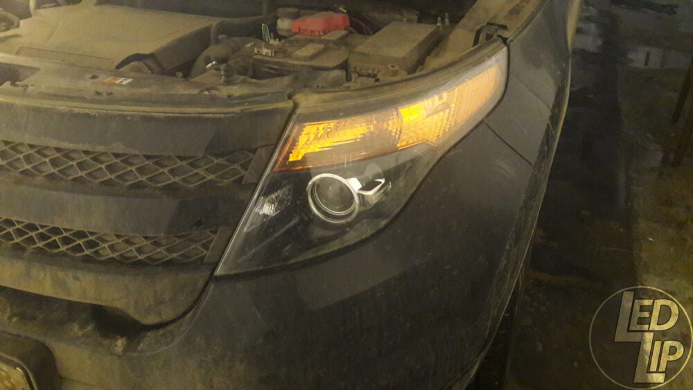 Замена галогенных линз на Hella3R и тюнинг оптики Ford Explorer