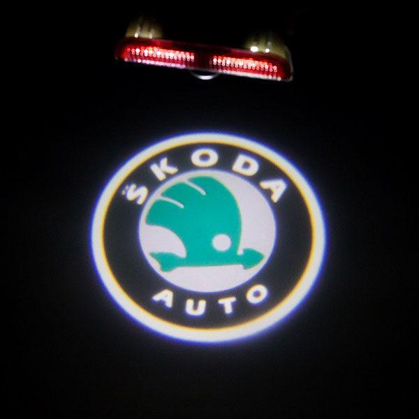 Светодиодная подсветка дверей с логотипом SKODA