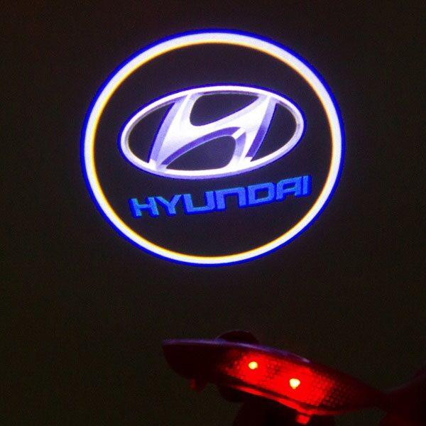 Светодиодная подсветка дверей с логотипом HYUNDAI