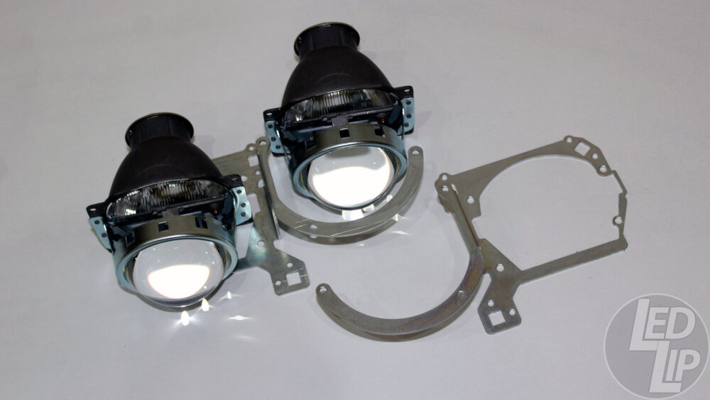 Набор для замены линз Mazda 3 BK 2002-2009 галогенный Hella R
