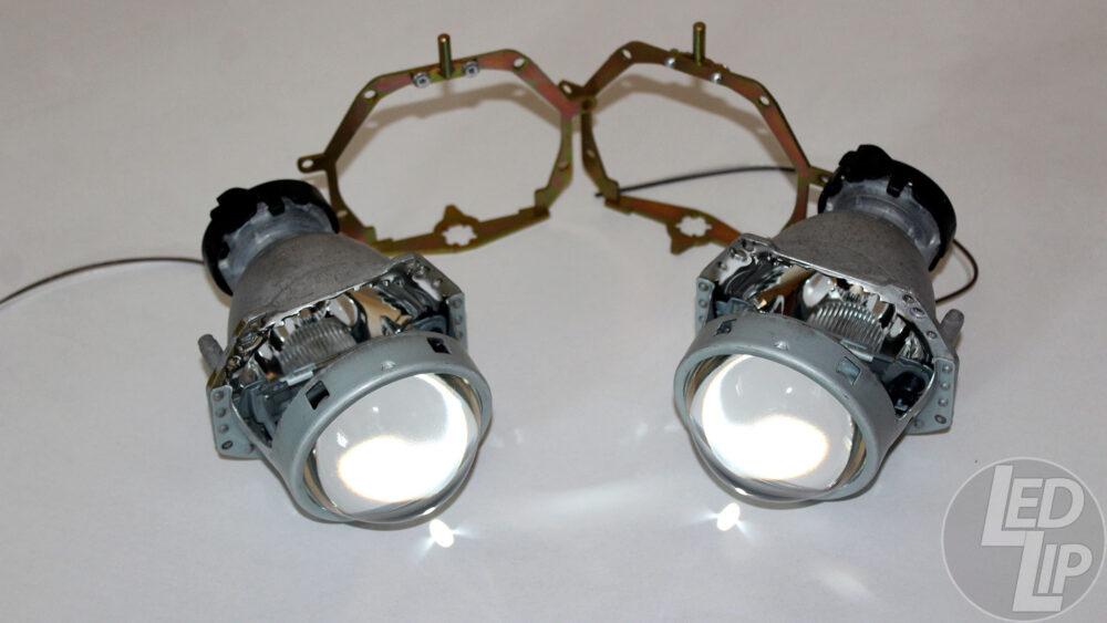 Набор для замены линз Mazda 6 GH (2007-2012), Infiniti G (2006-2011), Infiniti QX56 (2010-Н.В.), Infiniti QX80 (2014-Н.В.) Для Адаптивных фар